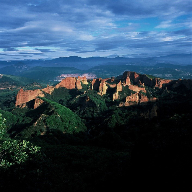 Figure 3. Las Médulas Roman gold mine in Spain. The environmental destruction is still evident. Source UNESCO.